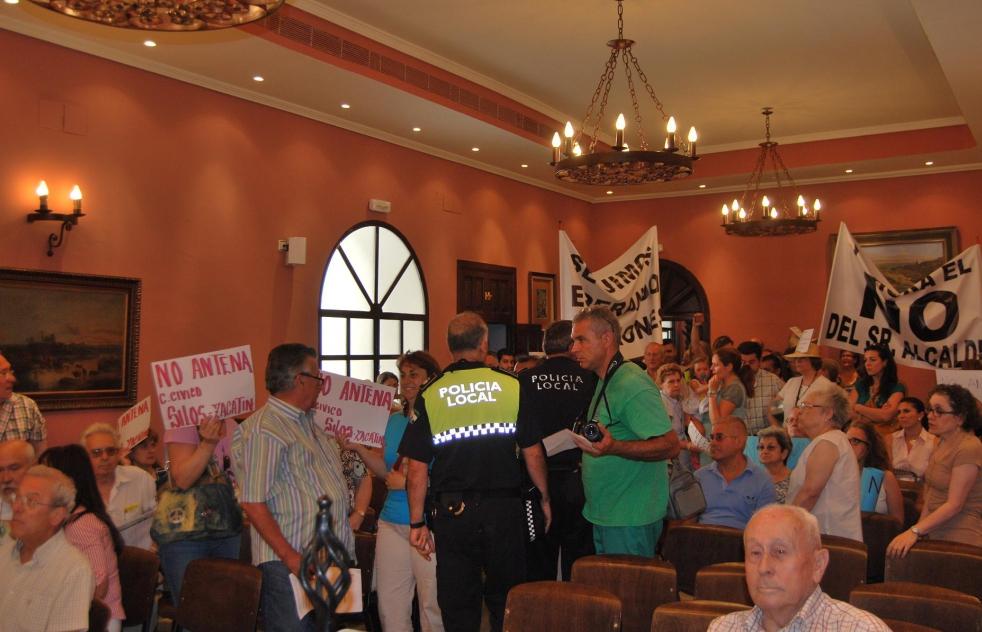 Condenan al delegado de Participación Ciudadana por amenazas al director de La Voz de Alcalá